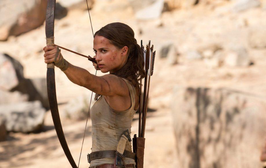 Tomb Raider: Alicia Vikander fa sopravvivere Lara Croft