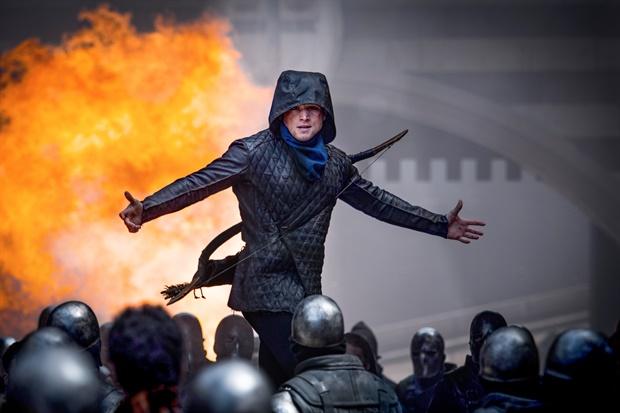 Robin Hood l'origine della leggenda: recensione in 4 clip esplosive