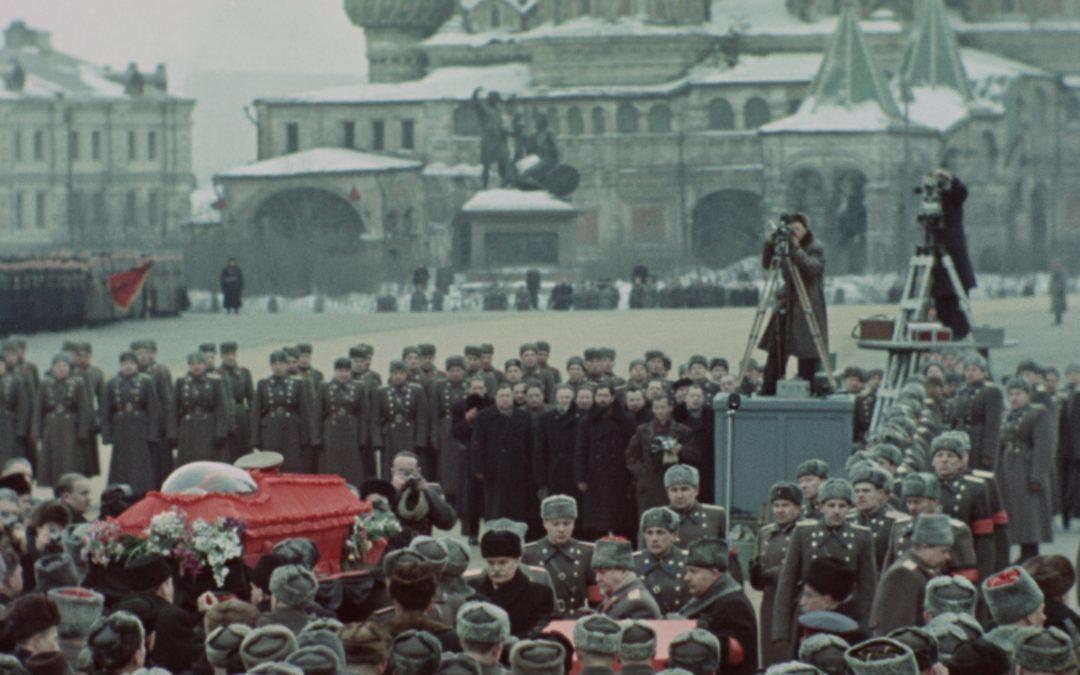 State Funeral di Sergei Loznitsa: il passato nel presente